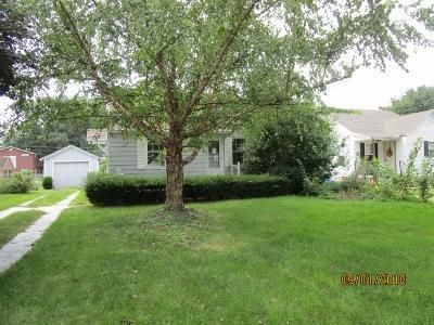 3 Bed 1 Bath Foreclosure Property in Mattoon, IL 61938 - Moultrie Ave