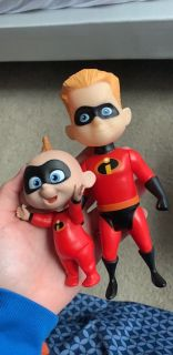 toys from The incredibles two