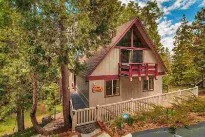 1281 Aleutian Drive LAKE ARROWHEAD Three BR, Are you looking for