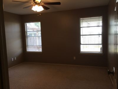 $900, Private Bed w Bath  Walk-In Closet