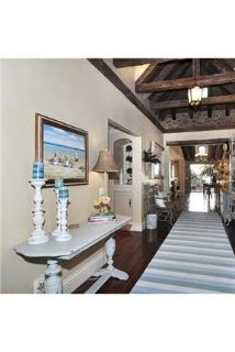 4 bedrooms Guesthouse - Welcome to Laguna's very own French Cottage by the Sea.