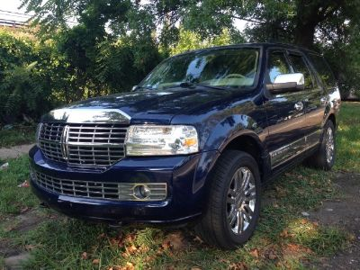 2007 Lincoln Navigator Luxury (Blue)