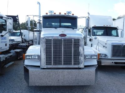 2007 Peterbilt Semi Tractor Trailer