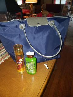 Tote with Bath & Body