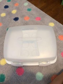 Wilton cupcake and cake holder 3 in 1 cupcake caddy