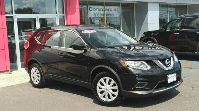 2016 Nissan Rogue (Magnetic Black)