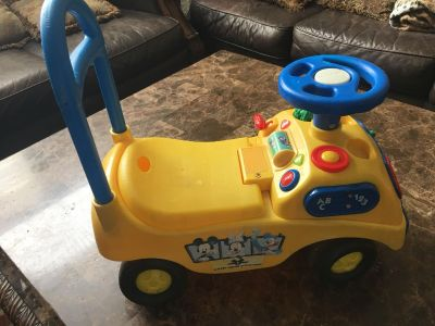 Ride on and push car