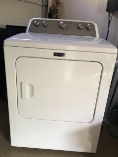 Mytag Dryer (Bravos), Electric (Like new condition).