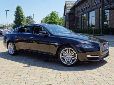 2017 Jaguar XJL Portfolio (Ultimate Black Metallic)