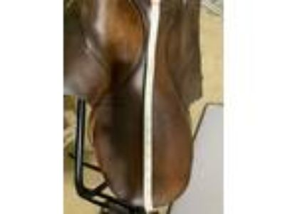 well used english saddle