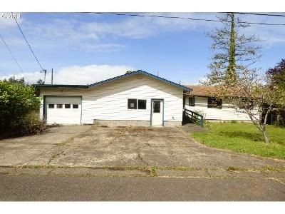 2 Bed 2 Bath Foreclosure Property in North Bend, OR 97459 - Fir St