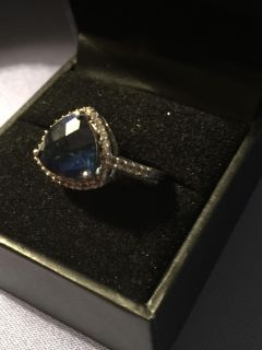 Blue sapphire with cz
