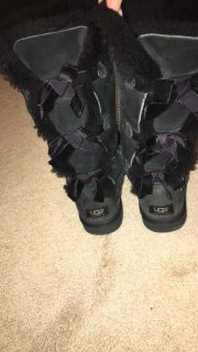 Ugg s size 9