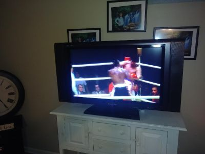 """$100 firm...37"""" Smart Tv...beautiful picture and sound...HDMI yes"""