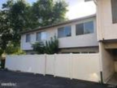 Three BR One BA In Thousand Oaks CA 91360