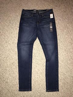 New NWT Women s Target Mossimo Skinny Stretchy Jeans Sz. 8 29
