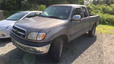 2000 Toyota Tundra SR5 (Gray)