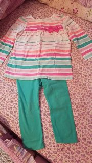 Toddler girl outfit size 2T $3