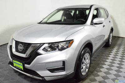 2018 Nissan Rogue AWD S (silver)