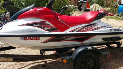 2003 Yamaha Waverunner GP800 with Voyager Trailer
