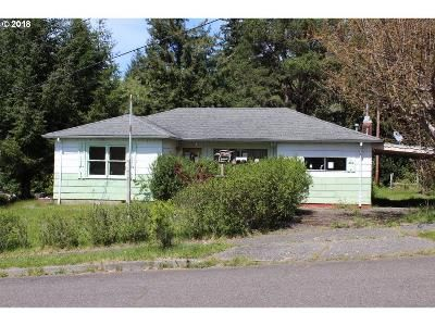 2 Bed 2 Bath Foreclosure Property in Coos Bay, OR 97420 - Cottonwood Ave