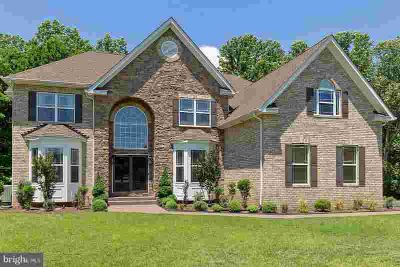 6314 Naylors Reserve CT Hughesville Six BR, New without the