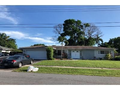 4 Bed 2.0 Bath Preforeclosure Property in Fort Lauderdale, FL 33317 - SW 6th St
