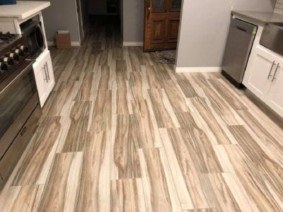 Laminate Flooring Installation-Bathroom Remodels-Showers-Tubs