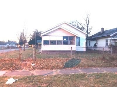 3 Bed 1 Bath Foreclosure Property in Indianapolis, IN 46201 - N Gladstone Ave