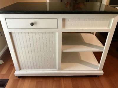 Kitchen Island with Granite Top (Mobile)