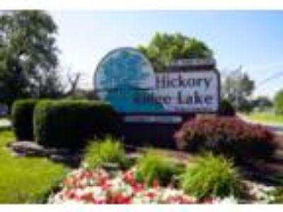 Hickory Ridge Lake Apartments - Willow