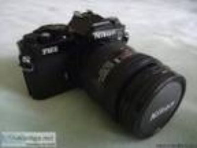 Camera Nikon FM with lens - Price: .