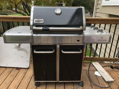 Weber Genesis E-320 Natural Gas Grill
