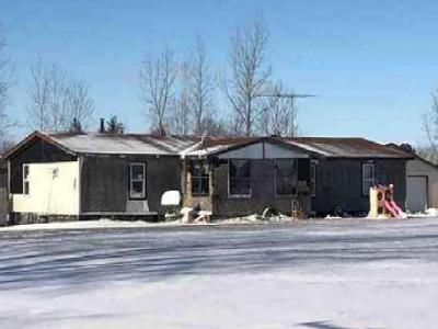 3 Bed 1.5 Bath Foreclosure Property in Yale, MI 48097 - Arendt Rd
