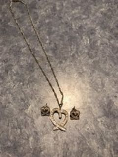 Heart necklace w/ matching earrings
