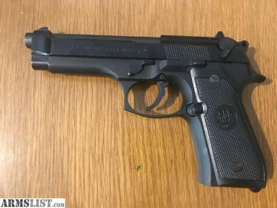 For Sale: Beretta M9 As New 900 Round Ammo
