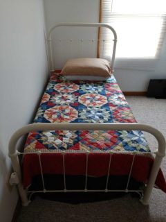 Bed negotiable