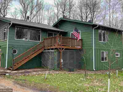 41144 290th Street AITKIN Four BR, this gorgeous lake home is