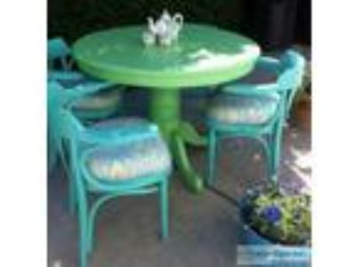 Dining Room Set - Price: $.