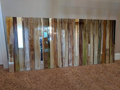 Beautiful mirrored and wood hanging decoration
