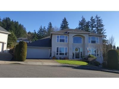 4 Bed 3 Bath Preforeclosure Property in Happy Valley, OR 97086 - SE Hunters Bluff Ave