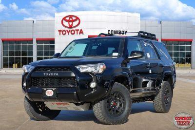 2019 Toyota 4Runner SR5 (Midnight Black)