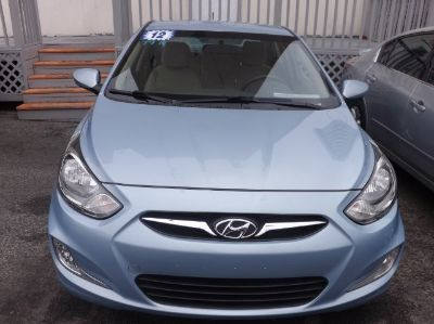 2012 Hyundai Accent GLS (Clearwater Blue)