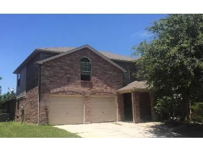4 Bed 2 Bath Preforeclosure Property in Burleson, TX 76028 - Panorama Dr