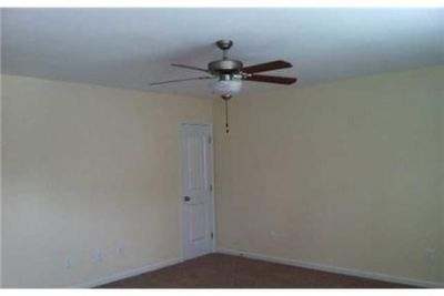 Convenient location 3 bed 2.50 bath for rent