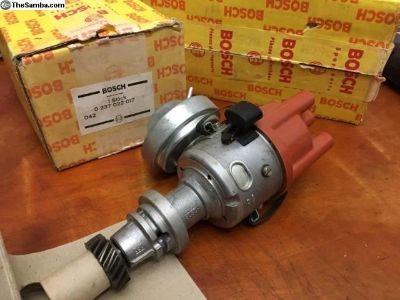 NOS Distributor Bosch (049 905 205 R)