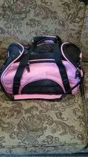 Pink & Black small dog carrier prefect like new condition