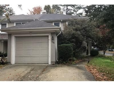 3 Bed 2.5 Bath Preforeclosure Property in Chesapeake, VA 23320 - Esplanade Pl
