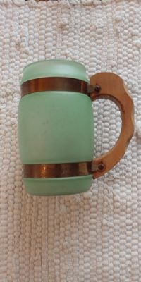 Vintage Siesta Ware mug. Wooden handle & copper ring