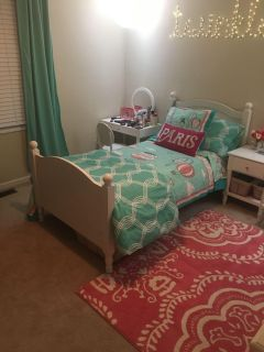 Little girls twin bedding and matching decor